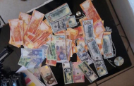 Nigerian arrested while printing fake currencies in South Africa (PHOTOS)