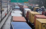 Buhari orders removal of Apapa gridlock within 2 weeks