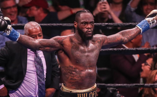 Heavyweight bangers go to war again on DStv - live on SuperSport