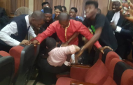 Armed DSS operatives move to re-arrest Sowore inside Courtroom