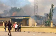 BREAKING: Hoodlums set two police stations ablaze in Lagos